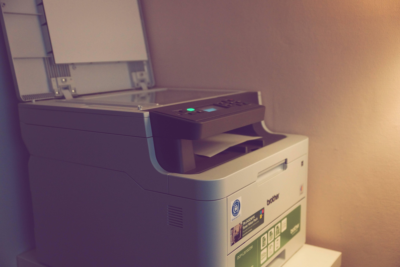 Brother DCP-3510CDW 3 in 1 Farblaserdrucker im Test - professioneller Alleskönner für den Heimeinsatz 1